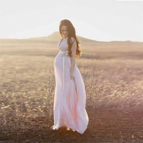 Cómo escoger vestidos para embarazas. Y además descubre cuáles son los vestidos ligeros y cómodos para gestantes. Para eso debes ingresar a: http://modelosdevestidosdenoche.com/vestidos-de-noche-para-embarazadas/