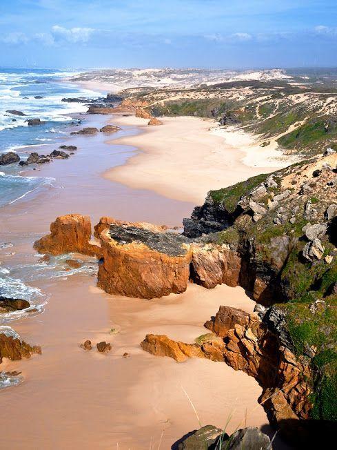 Beautiful beach in the Alentejo region of Portugal.Praia do Malhão [Parque Natural do Sudoeste Alentejano e Costa Vicentina] - Odemira (Portugal).