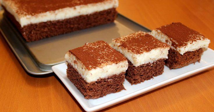 Remek recept Tejbegríz szelet recept. Aki szereti a tejbegrízt, az feltétlenül próbálja ki ezt a tejbegríz szelet receptet! Igazi házias süti finomság, amit az egész család szeretni fog! :)