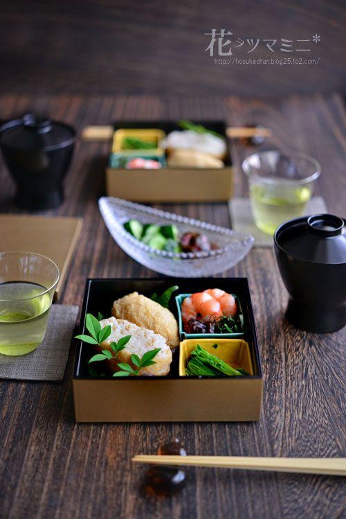 """お稲荷さん - fried TOFU SUSHI """"OINARISAN"""" BENTO"""