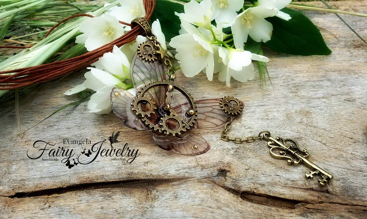 Collana libellula steampunk bronzo chiave ingranaggi, by Evangela Fairy Jewelry, 19,00 € su misshobby.com