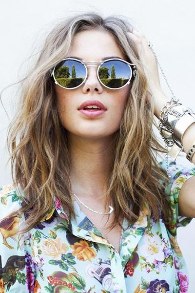 beachy waves - Collarbone-length hair looks great worn in beachy waves.  Read more: http://www.dailymakeover.com/trends/hair/fall-haircuts-2014/#ixzz3E0gpNbFq