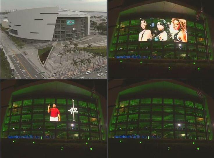 미디어 파사드에 주로 사용하는 커튼형 LED(일명, 투명 LED). 2006년 NBA 우승팀인 Miami Heat의 홈구장에 2009년 설치, 동영상은 사진을 클릭하세요.    문의처  디스플레이허브(주)/실장 김동협  02-546-3288