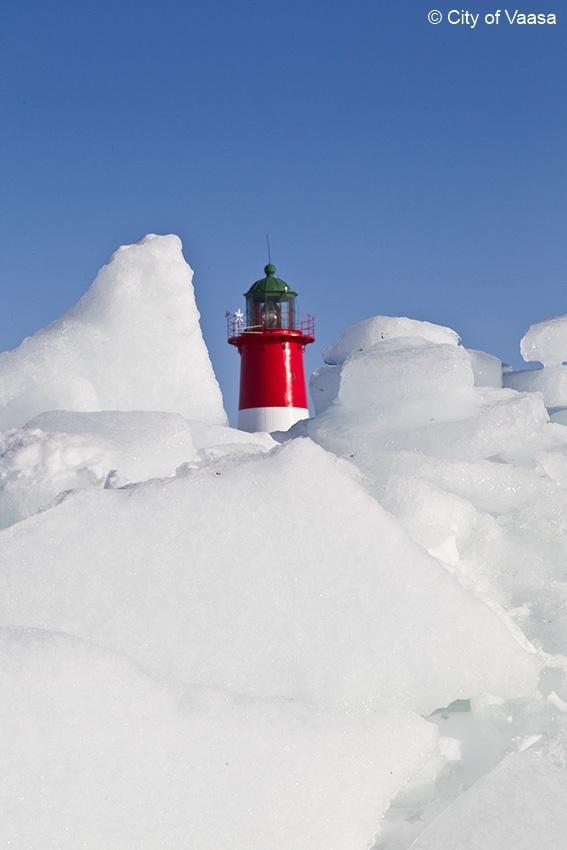 Beacon @ Vaasa archipelago. www.visitvaasa.fi. Photo Jaakko Salo.