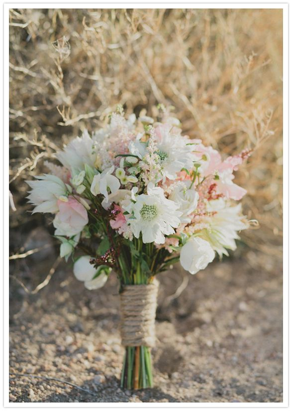 astilbe, scabiosa, spray roses, feverfew, bridal blush, and sweet peas bouquet #wedding #bouquet #mariage #fleurs
