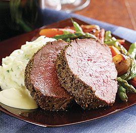 fennel+&+rosemary+beef+tenderloin+with+creamy+mustard+sauce