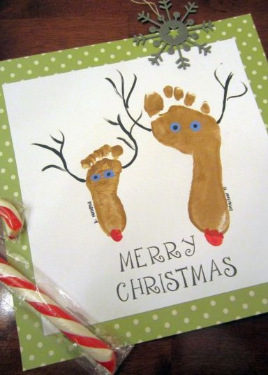 Create little Christmas Reindeer with the footprint of your little ones. It only took a few minutes to put it all together and the kids enjoyed it!