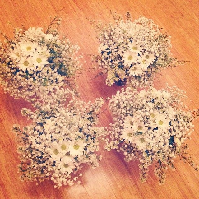 "@theflowergirlperth's photo: ""Daisies and Baby's Breath .... sweet as."" DAISIES AND GYPSOPHELIA VINTAGE 60'S LOOK WEDDING"