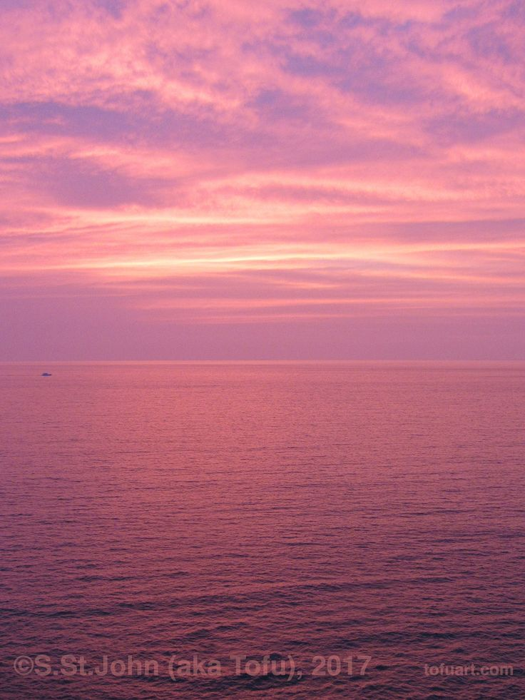 Sometimes you have to leave San Francisco if you want to see an amazing sunset.  And you also can wear shorts all the time and never need a jacket.  Pretty pink Puerto Vallarta.