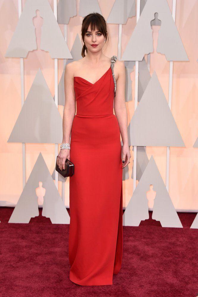 DAKOTA JOHNSON en Saint Laurent | Oscars 2015