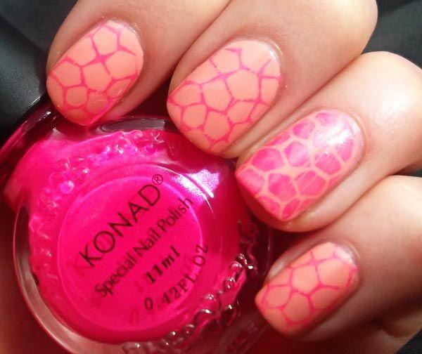 pink giraffe nails