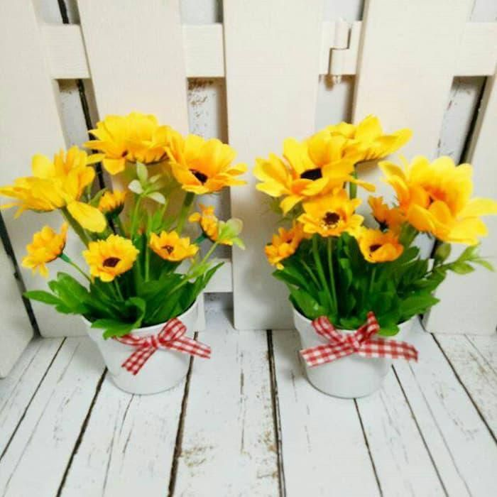 New The 10 All Time Best Home Decor Right Now Ideas By Crystal Roof Artificial Plastic Artificial Flowers Fake Decoration P Flower Pot Flower Vending