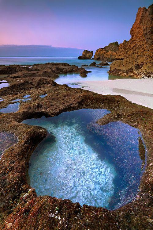 gorgeous!  suluban beach uluwatu bali indonesia