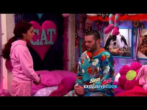 sam and cat momma goomer online dating
