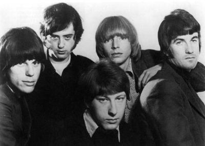 "The ""Yardbirds"" and isn't that Jeff Beck on the left, and Jimmy Page just to the right? So Led Zeppelin spawned from this?"