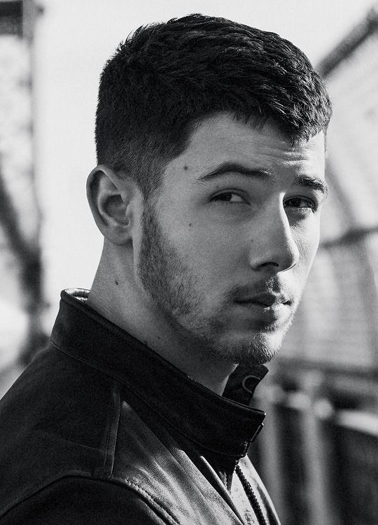 Nick Jonas Gallery : Photo