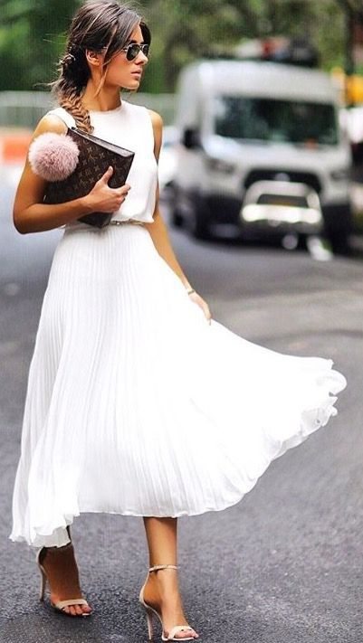 Summer street style fashion #fashion #womensfashion #streetstyle #ootd #style / Pinterest: @fromluxewithlove / www.fromluxewithlove.com