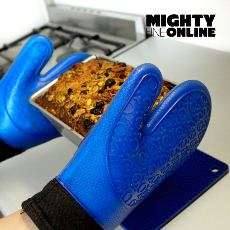 Royal Blue Kitchen Silicon Gloves By Mighty Fine Online - Best for Cooking, Baking, Pot Holders, Heat Protection for Hands - Includes 2 Dark Blue Silicone Oven Mitts with soft cotton lined interior with new honeycomb design silicone heat resistant mat.