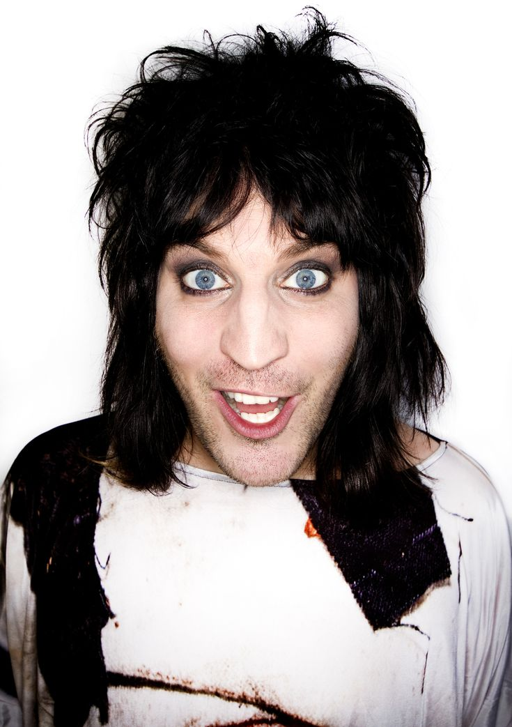 The Mighty Boosh star Noel Fielding chatted to us about the south London leg of his new tour. http://www.newsshopper.co.uk/leisure/latest/13879286.Noel_Fielding_talks_about_his_love_for_south_London_and_the_pressures_of_writing_a_new_stand_up_tour/