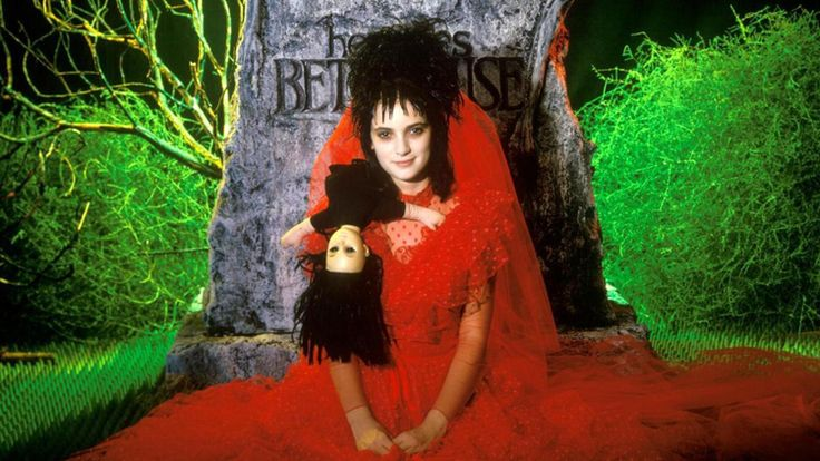 Winona Ryder Gives Another Update About BEETLEJUICE 2 — GeekTyrant
