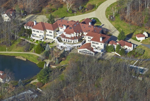 Aerial view of 50 Cents Connecticut 53 room estate. (Formerly Mike Tysons)
