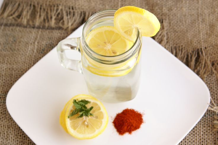 Lemon Water Cleanse (with Pictures)