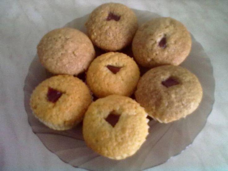 Kakaós - birsalmasajtos muffin