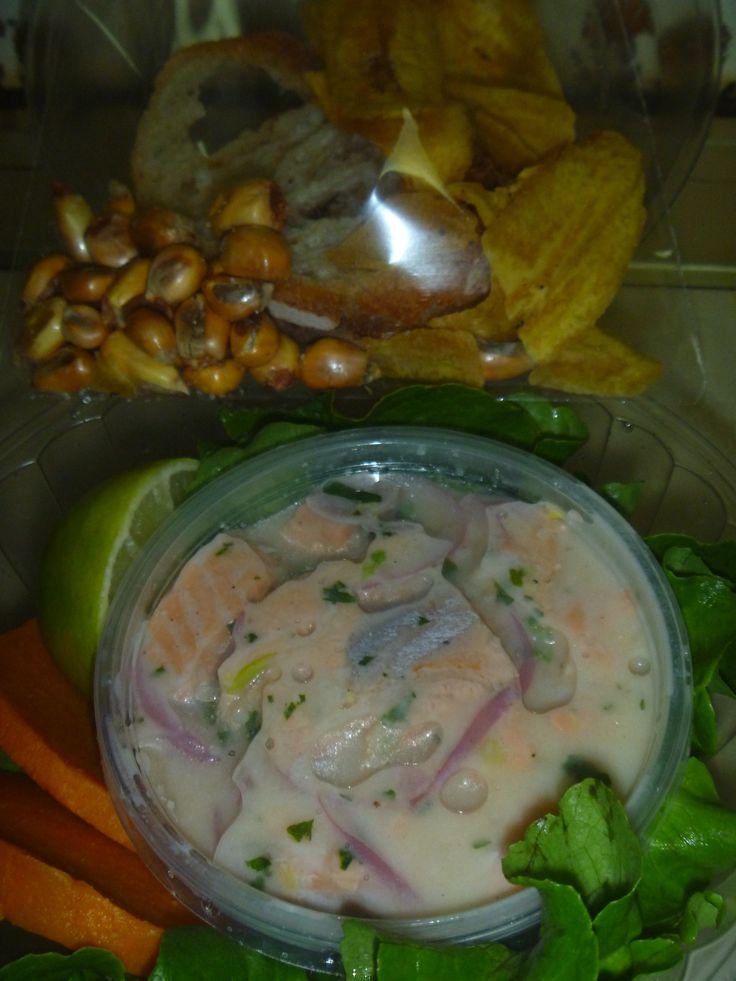 CEBICHE DE SALMON Con camote, chifles y tostado Para despacho Sara Cocina Santiago de Chile