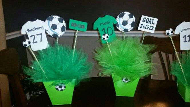 Soccer themed birthday party. Centerpieces. Green.