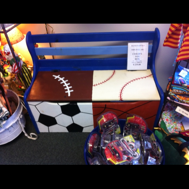 Hand Painted Toy Box Need For Kyle S Room Kiddos