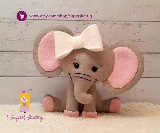 Goodmorning   #vilt #felt #feltro #fieltro #superskattig #handmade #etsy #pdfpattern #feltpattern #viltpatroon #apostila #etsyshop #etsyseller #etsysellers #elephant