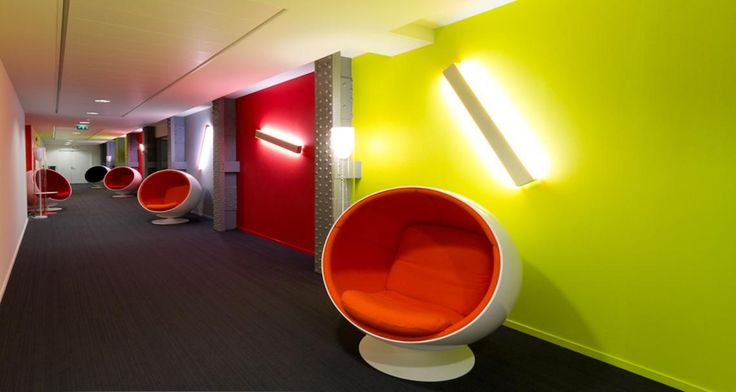 Circulation and relaxation area into the premises of Valtech in Paris, France