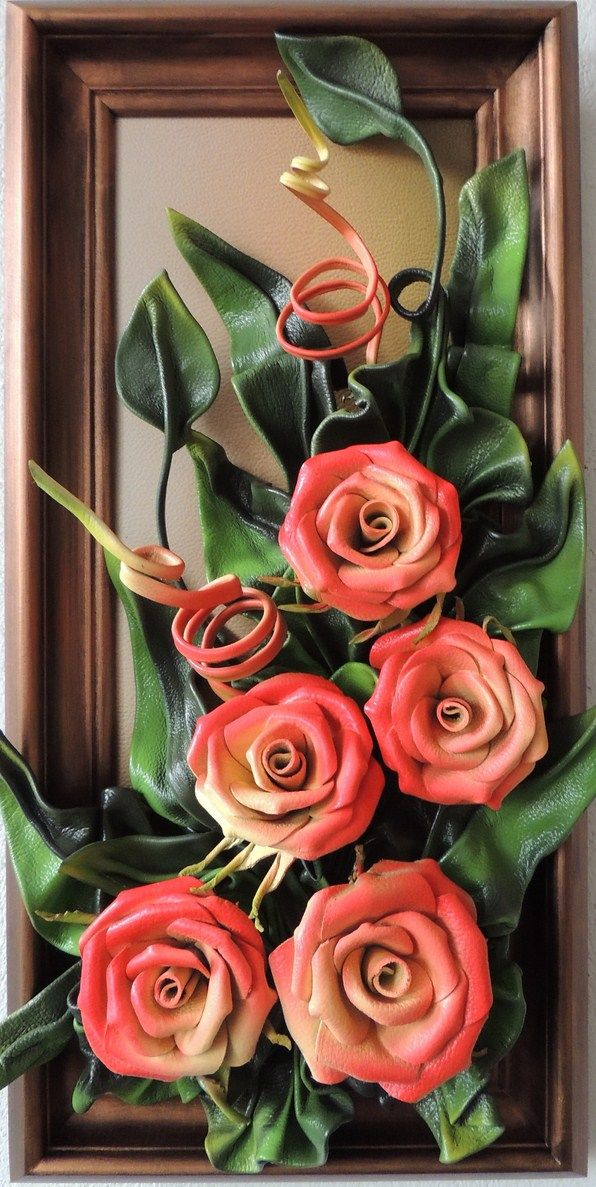 Handmade 5 Leather Roses Every Artwork takes a lot of time and work, beautiful design with highest quality.  Elegant and fine construction enrich your home or office.     Handmade 5 Leather Roses  Size: 28cm x 58cm  Frame: Solid Wood, Brown Stained  Colours: Cream, Light Red, Green, Brown  Material: Genuine Leather  www.makmarketplace.com  https://www.facebook.com/pages/MAK-Marketplace/331889076912354