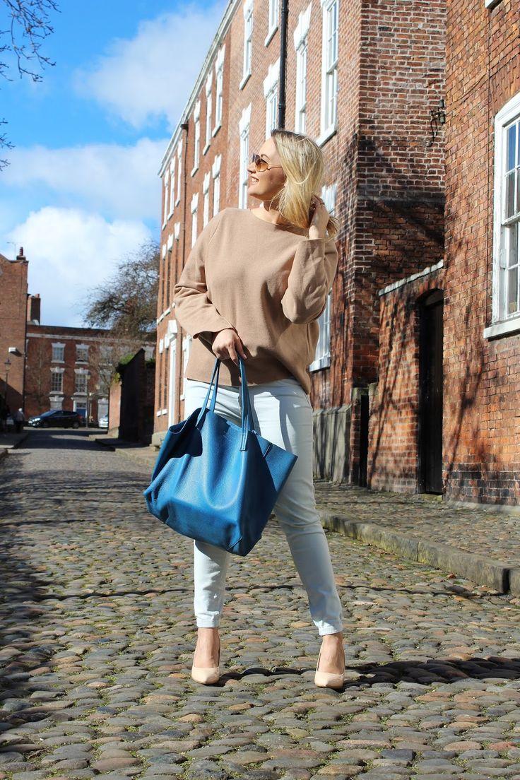 Kurt Geiger Violet Horizontal Tote Bag, ZARA bell sleeves jumper, mint jeans, cream high heels, Spring outfit
