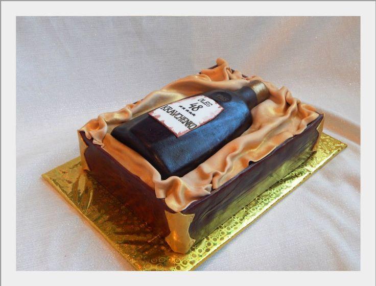 торт - бутылка коньяка в коробке