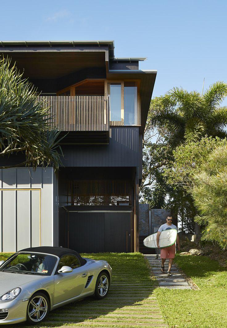 Bambara House, Stradbroke Island, Queensland by Shaun Lockyer Architects.
