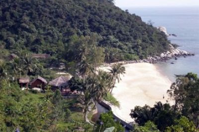 Cham Island Diving Center : Cham Island Diving Center (PADI 36213) has been operating from Hoi An (30 km from Danang international airport), Vietnam since 2002. Our Dive Center and ...