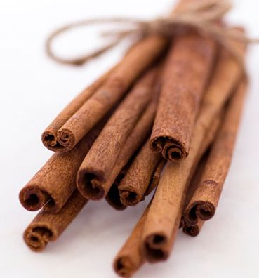 10 Benefits of Cinnamon  may heal type 2 diabetes  has anti-clogging effect on blood]just smelling boosts cognitive function and memory................!