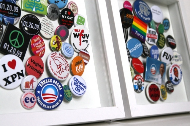Pin collection display: Buttons Display, Collection Pin, Collection Display, Cork Boards, Corks Boards, Shadows Boxes, Bedrooms Decor Ideas, Frames Buttons, Button Pin Display