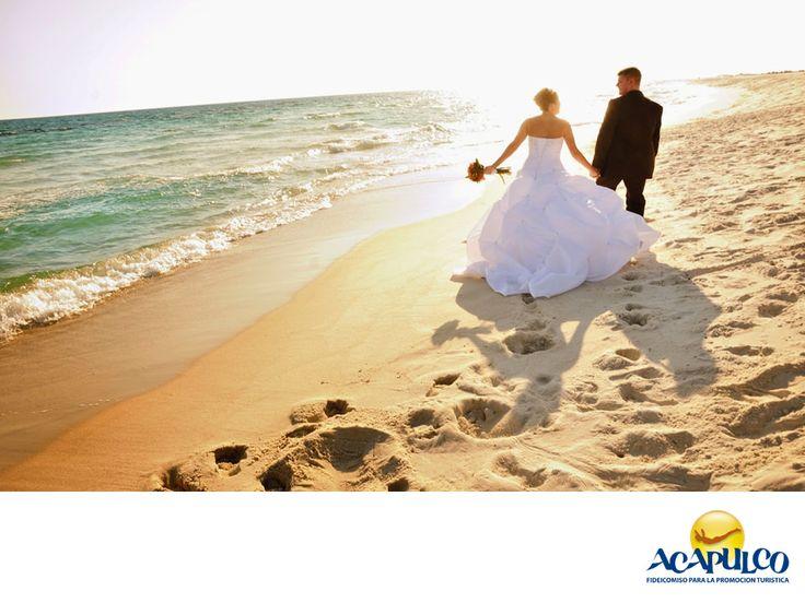 #informaciondeacapulco  Eventos Jaosel. HAZ TU BODA EN ACAPULCO. Eventos Jaosel es un lugar al aire libre con increíble vista a la ciudad de Acapulco, donde podrás realizar la boda de tus sueños. Sus instalaciones son modernas y su arquitectura vanguardista, lo que le dará un toque de sofisticación a la celebración de tu casamiento. Te invitamos a realizar tu enlace matrimonial en este lugar del paradisiaco puerto de Acapulco.  www.fidetur.guerrero.gob.mx
