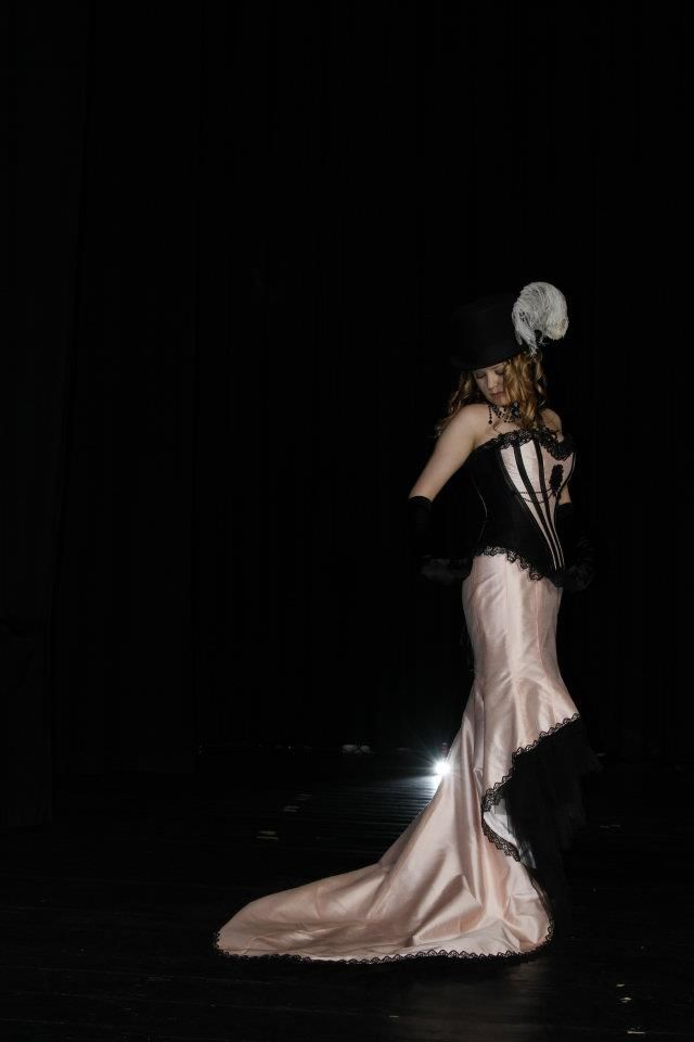 Steampunk/Burlesque-style wedding dress. the outfit was made of dupionsilk, tulle and lace and it consisted a real, steelboned corset, which was actually pretty comfortable to wear the whole long day. Picture credit: Wphotography