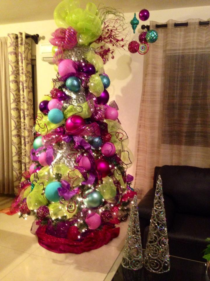 Ideas para decoracion de arbol de navidad 2017 2018 for Adornos arbol navidad online