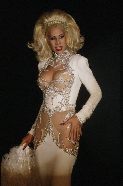 New York Style Icon: Dianne Brill in Thierry Mugler ...