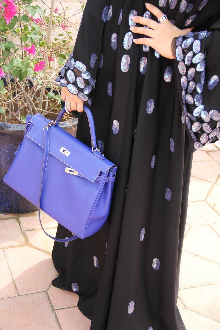 via Latifa Al Shamsi