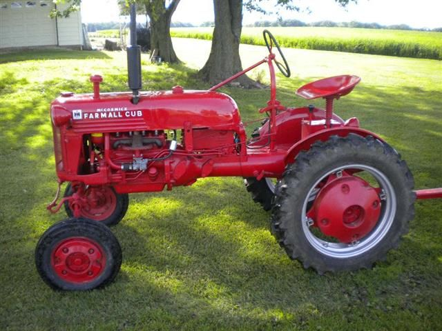 Antique Ih Cub Tractor : Best farmall cub images on pinterest old tractors