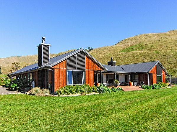 Hawkes Bay/Hastings/Havelock North holiday home rental accommodation - Millhills Estate - Havelock North Estate