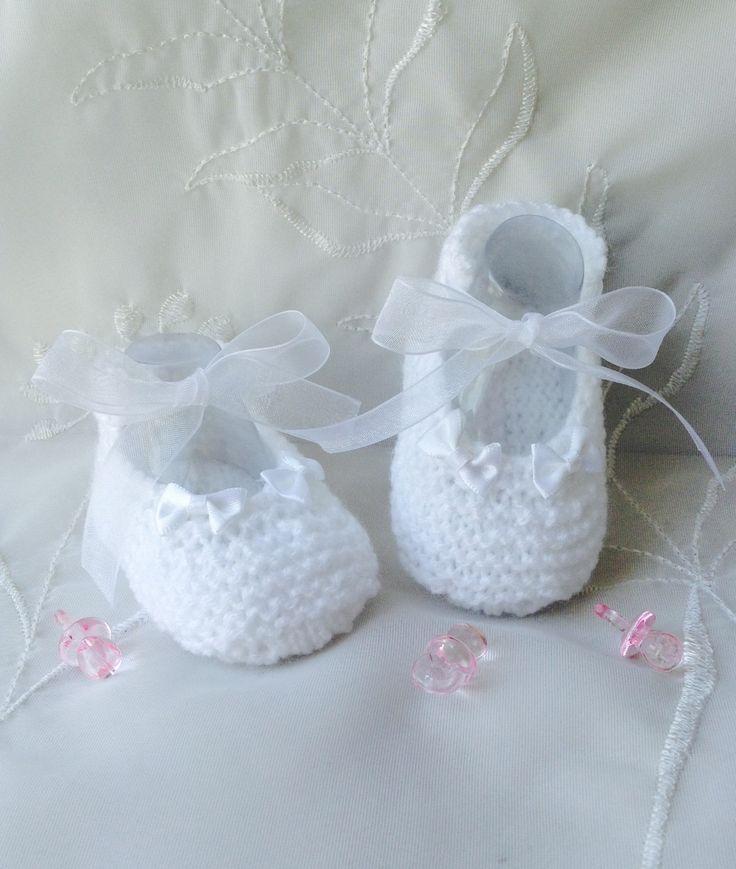 Chaussons bébé en laine, tailles 0/3 mois, blanc : Mode Bébé par tricot-bonnie
