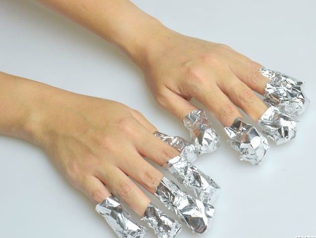 how to put on fake nails without acrylic