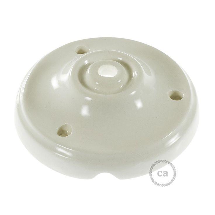 Rosace en porcelaine blanc + 3 Vis + 3 Chevilles + 1 Tendeur de câble