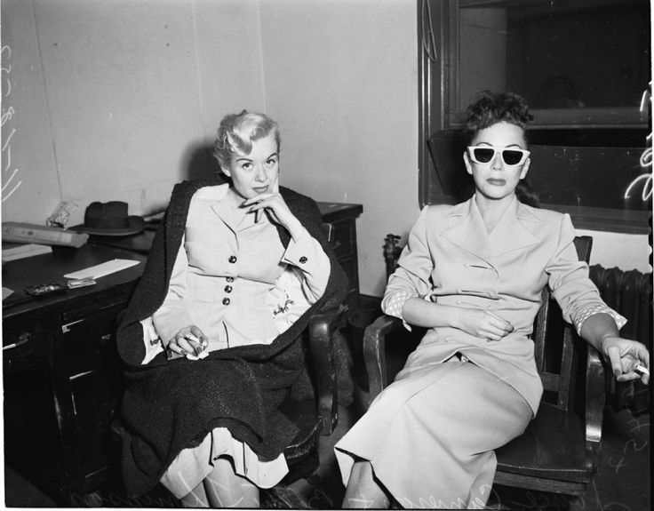 Princess Jewel robbery, 1952 :: Los Angeles Examiner Collection, 1920-1961
